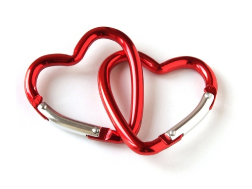 intertwined-heart-locket-valentines-day1